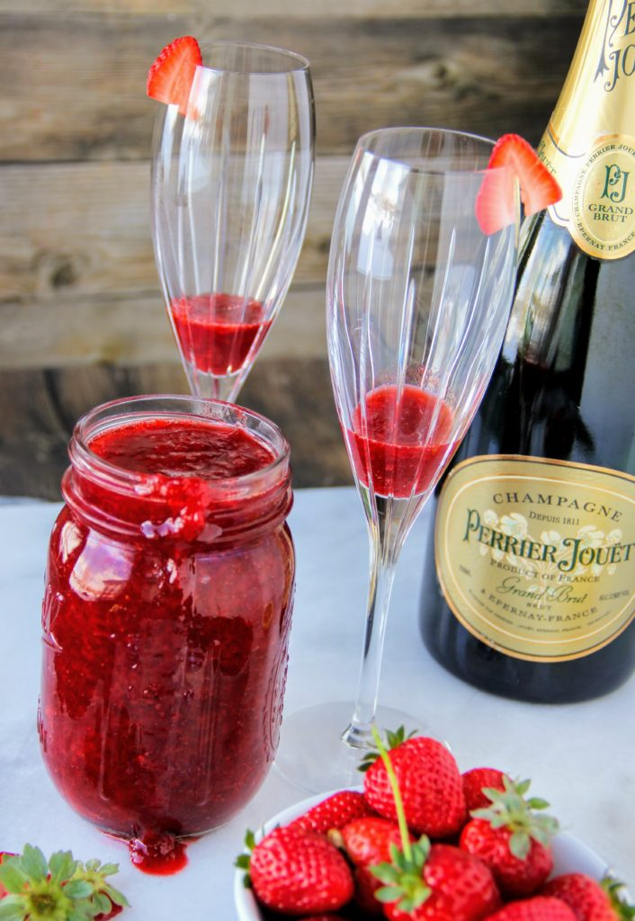 strawberry mimosas with strawberry sauce by lindsay johnson of lady in the wild west for gen padalecki of now & gen wife of jared padalecki